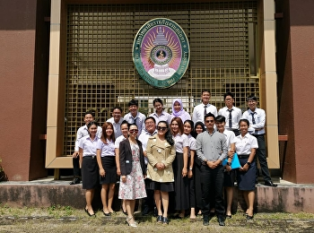 November 7, 2020 Student Logistics Management Program Ranong Education Center Offer what they learn from the Logistics Professional Experience Training course.